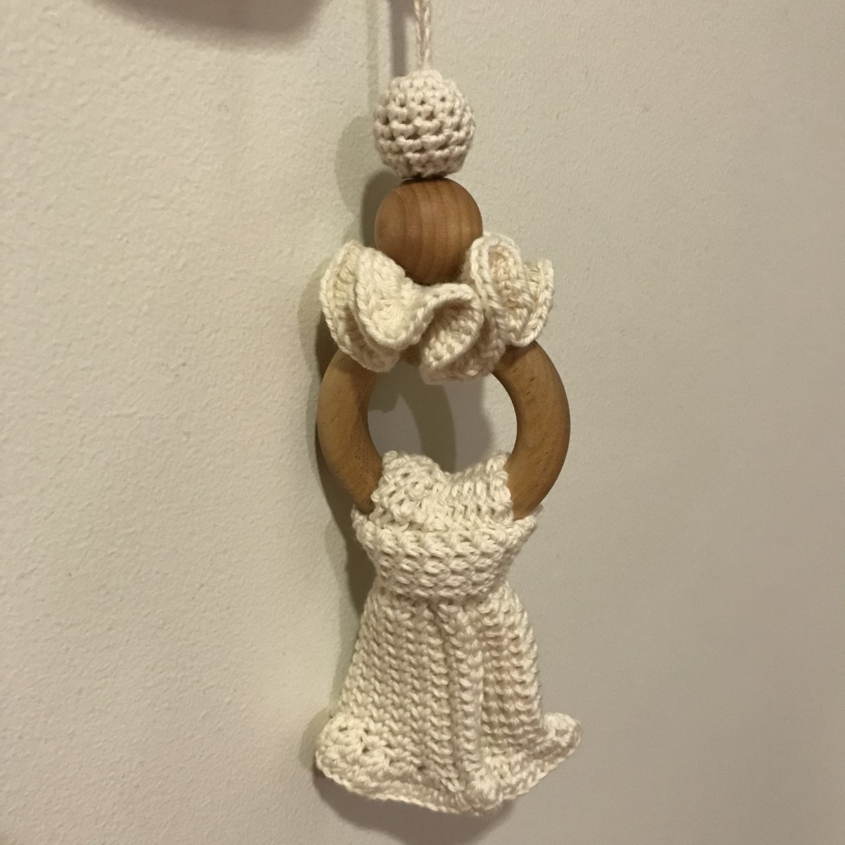 Wooden Teething Necklace Using Wooden Beads and Ruffles