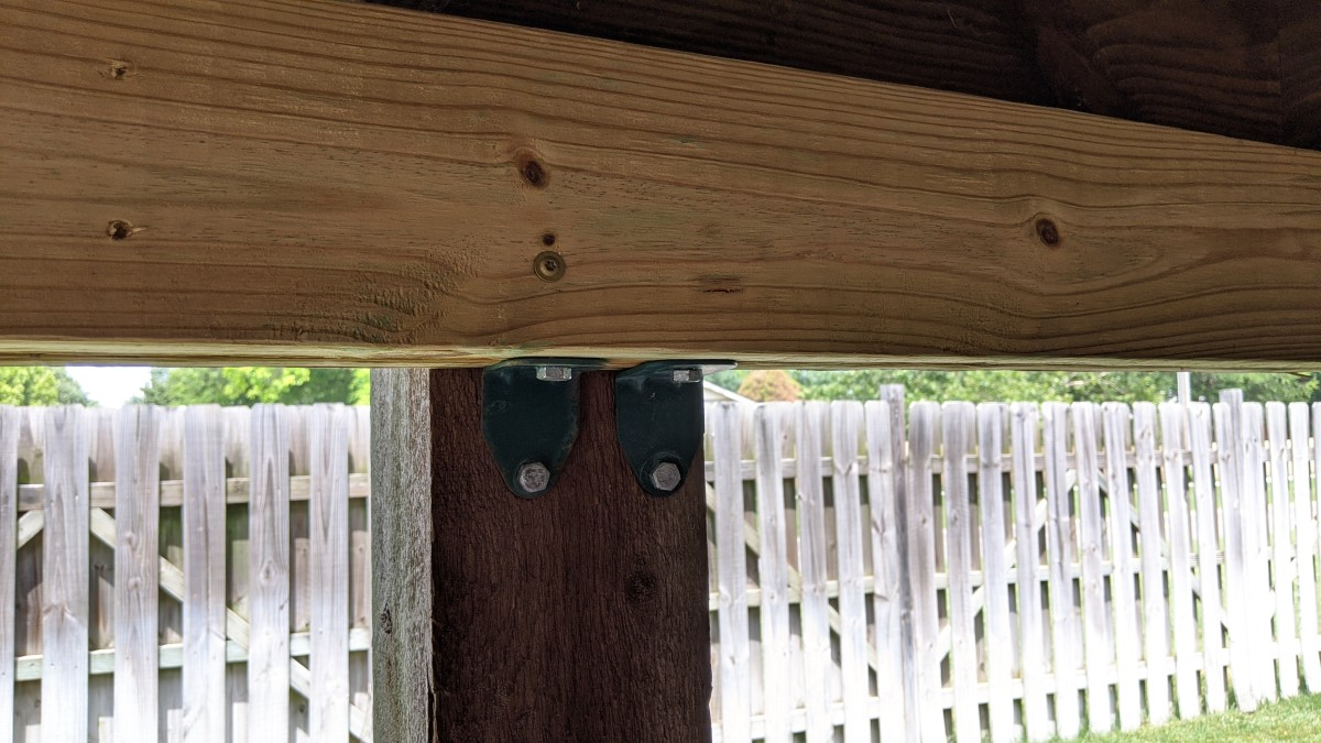 repairing-the-base-of-a-rotted-deck-post