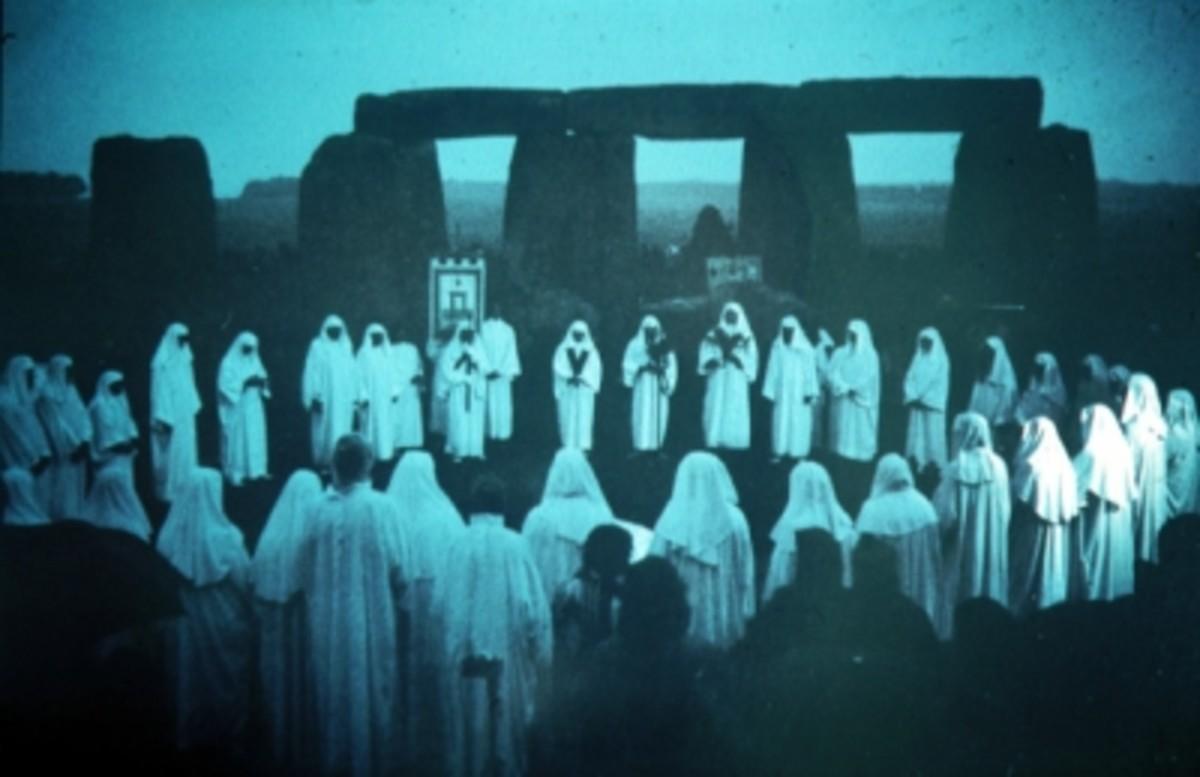 Druids celebrating the summer solstice at Stonehenge