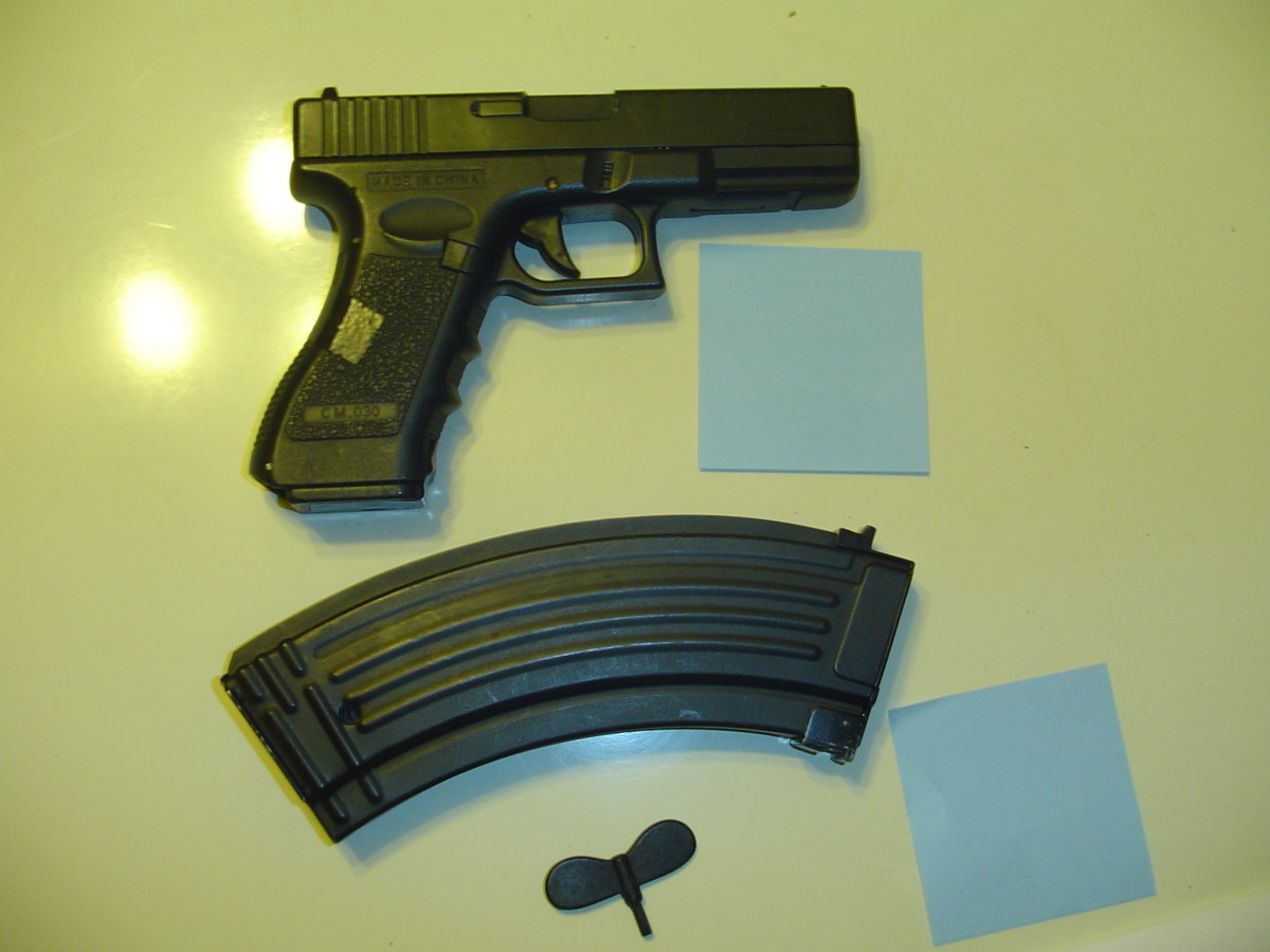 AK 47 magazines made by Tokyo marui come with a hex winding key, making rewinding in the field easy! Dont lose the hex key!