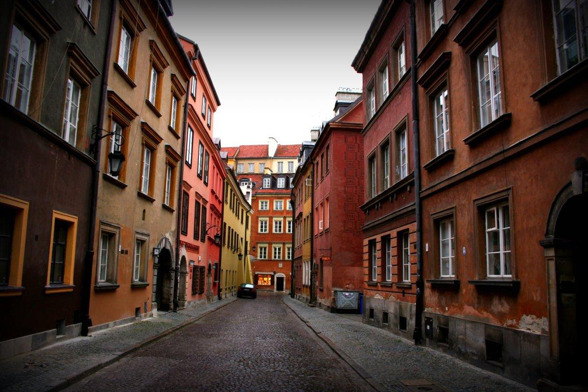 Quiet alleyway in Warsaw, Poland