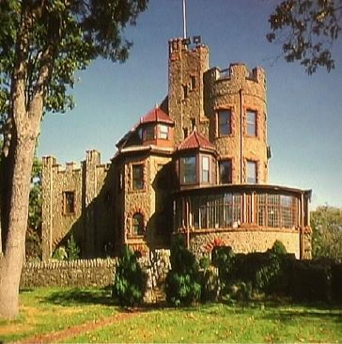 Castles for Sale in America