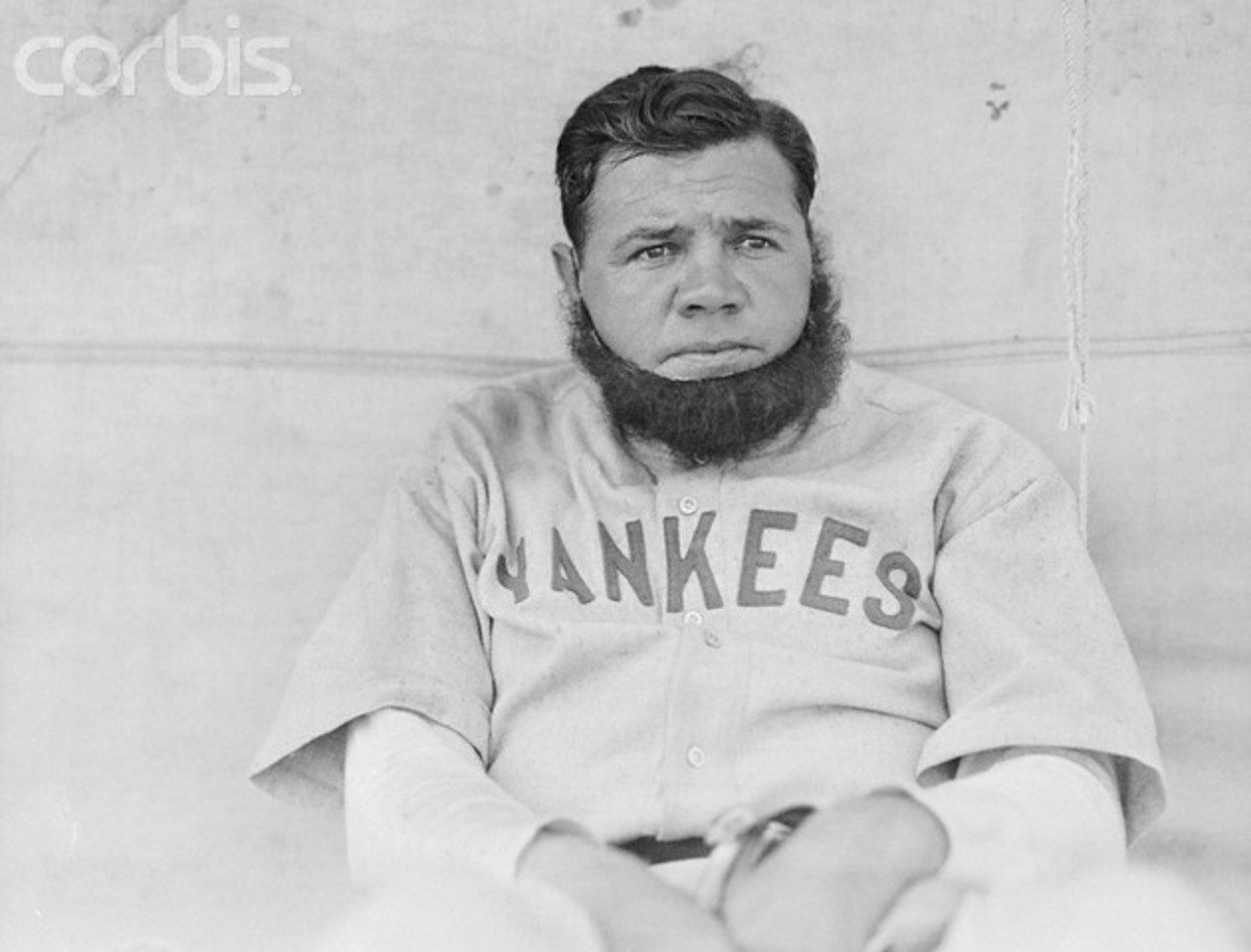 BABE RUTH WITHOUT HIS HOUSE OF DAVID WIG ON