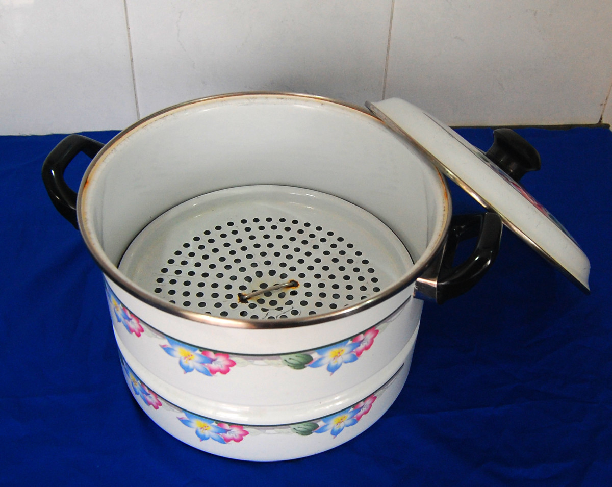 This simple single tier steamer has an enamel surface and I've been using it for more than 35 years.