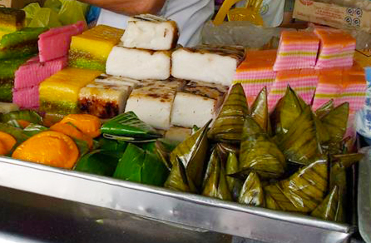 Steamed Chinese cakes or kuih