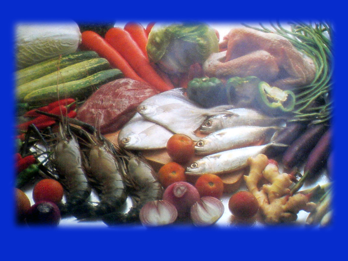 Steam cooking or steaming  vegetables, meats, seafood, fruits , pasta, cakes and desserts.