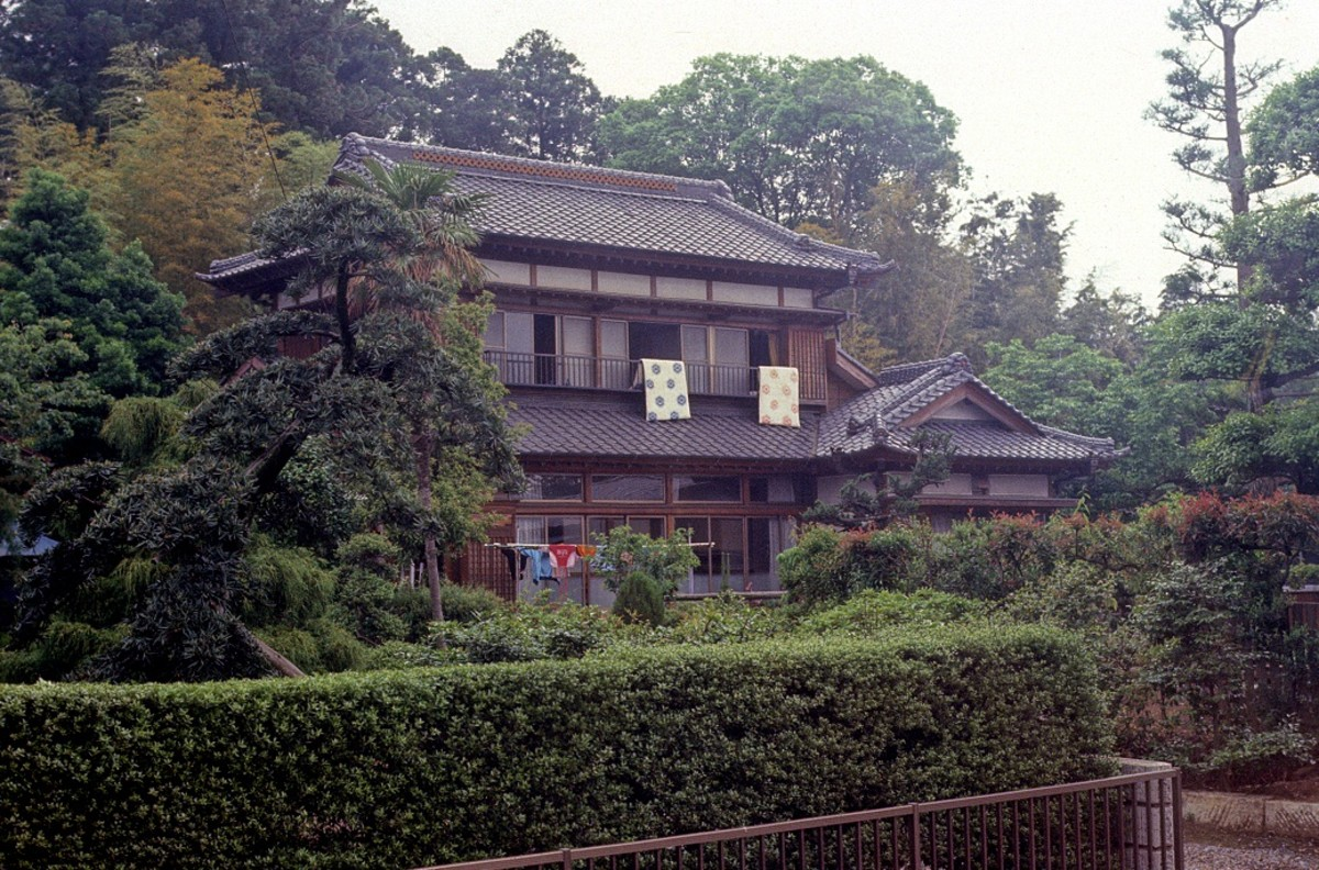 Japanese architecture in the countryside -- fascinating lifestyle