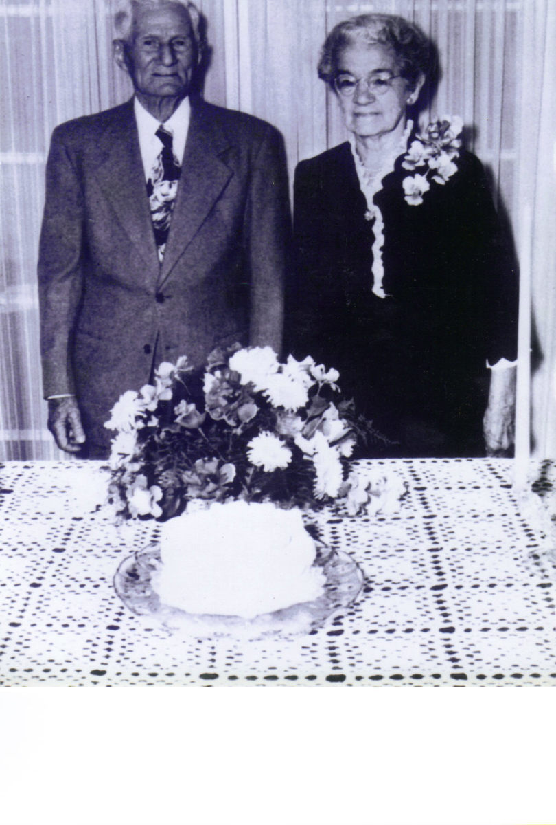 75th Wedding Anniversary of Emile and Hirma Navarre