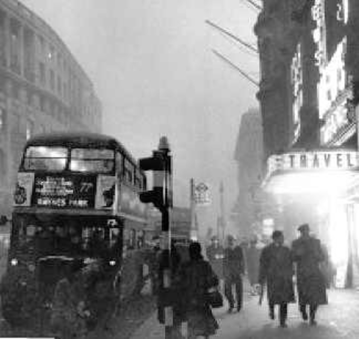 London Smog of 1952. A Environmental disaster