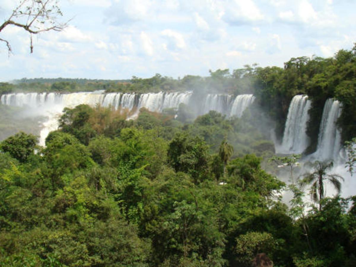 Iguazu falls, seen from Brazil