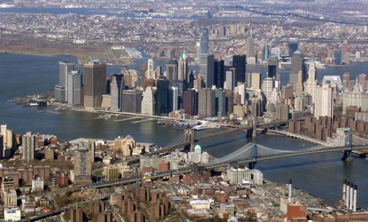 New York Skyline, Manhattan and Brooklyn Bridges