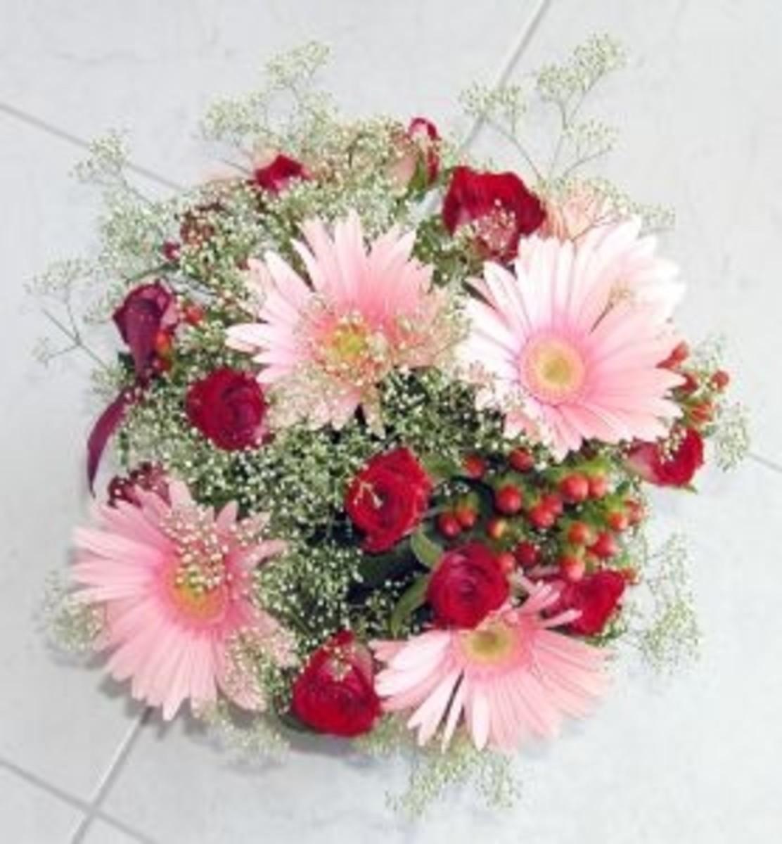 An example of a well balanced flower arrangement
