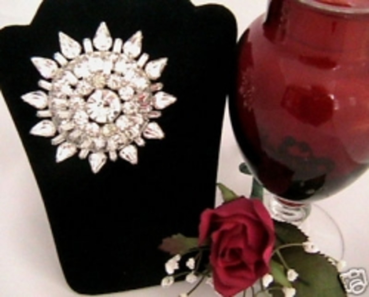 How to Get Creative with Vintage Brooches