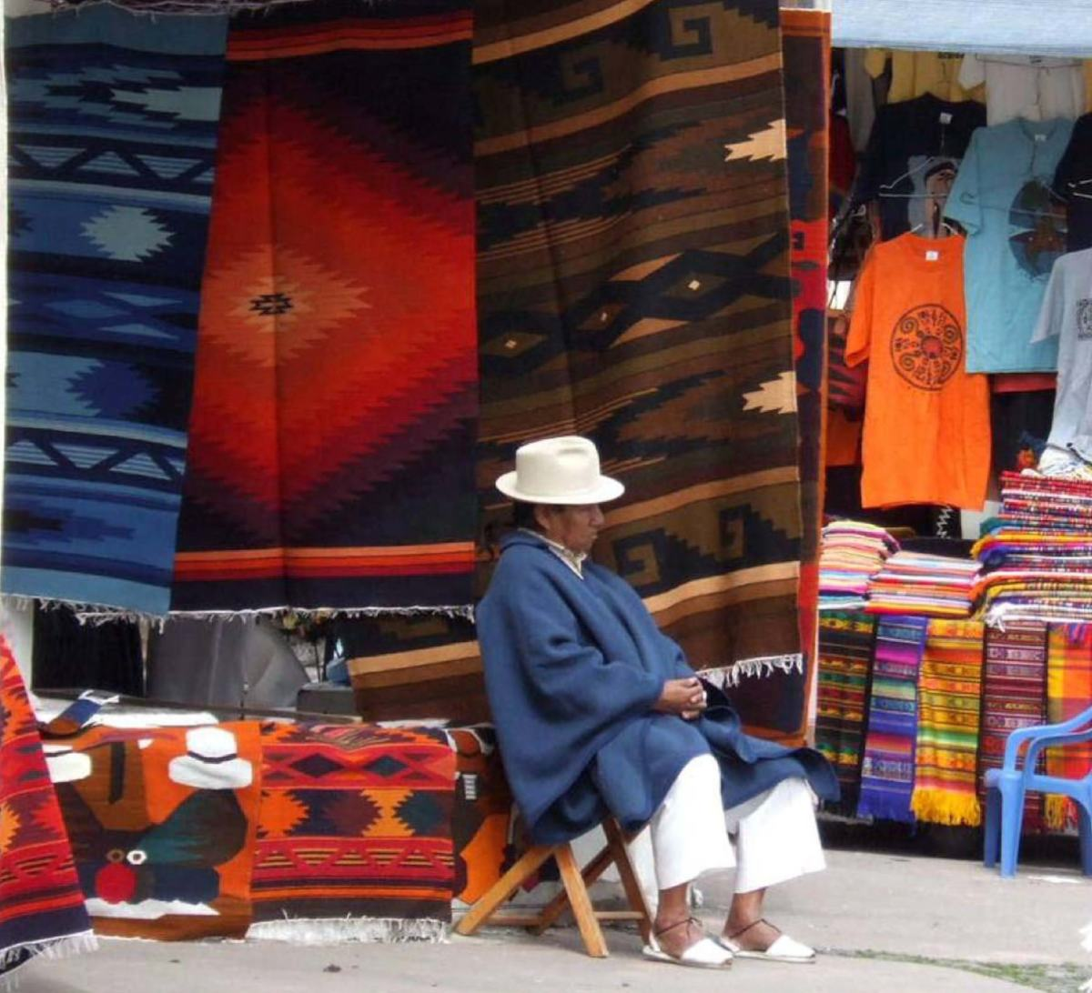 Indigenous Otavalan market - waiting for customers