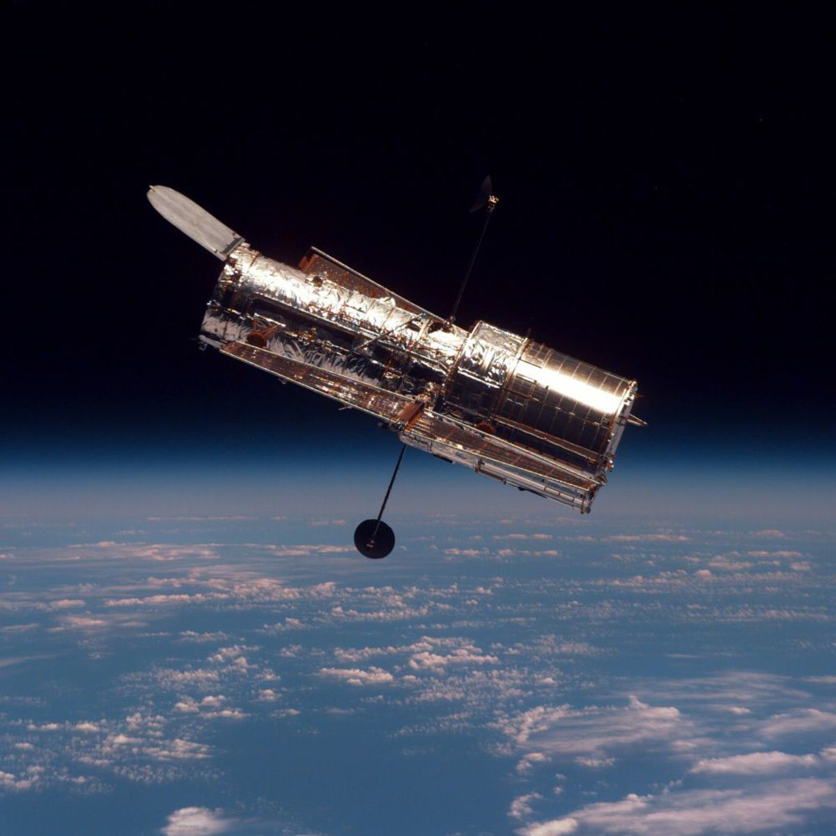 Hubble telescope during the second servicing mission back in February 1997.