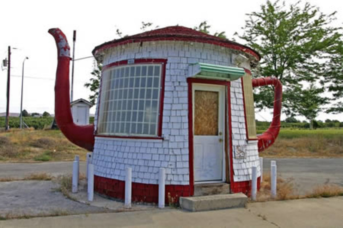 The Teapot Dome, in Zillah (WA, USA). (near where I was raised!)
