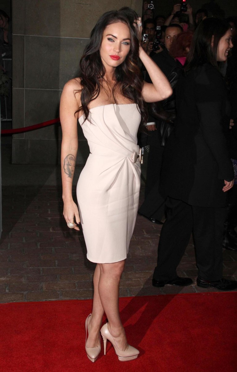 Megan Fox Has Sexy Legs in High Heels
