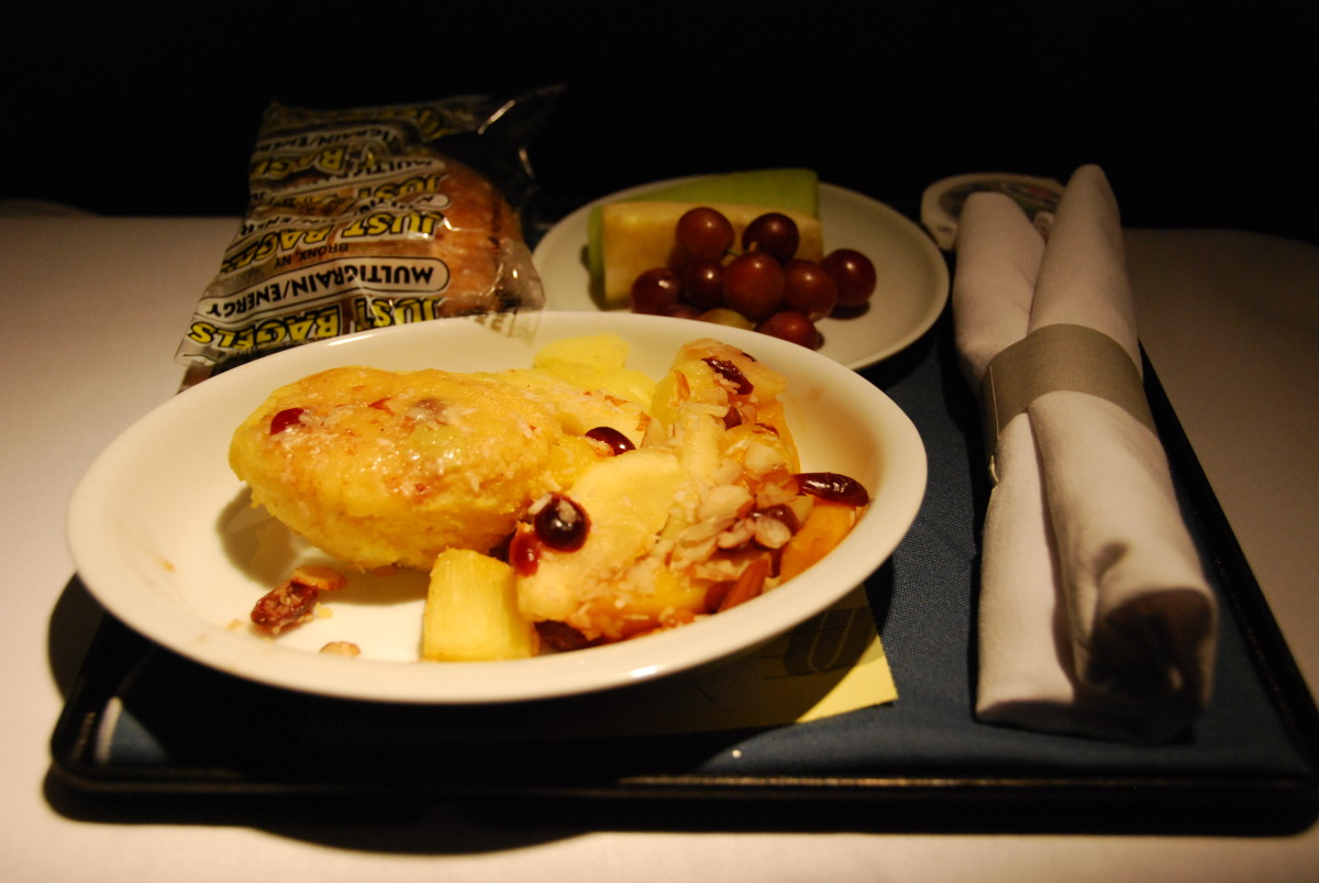 GROSSSS!!!  I should have not asked for special vegetarian meals in business class. BAD IDEA.  Business class offers good vegetarian options by default- and I missed out on them!