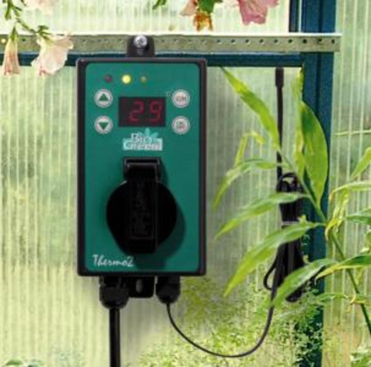 Electric digital Thermostat