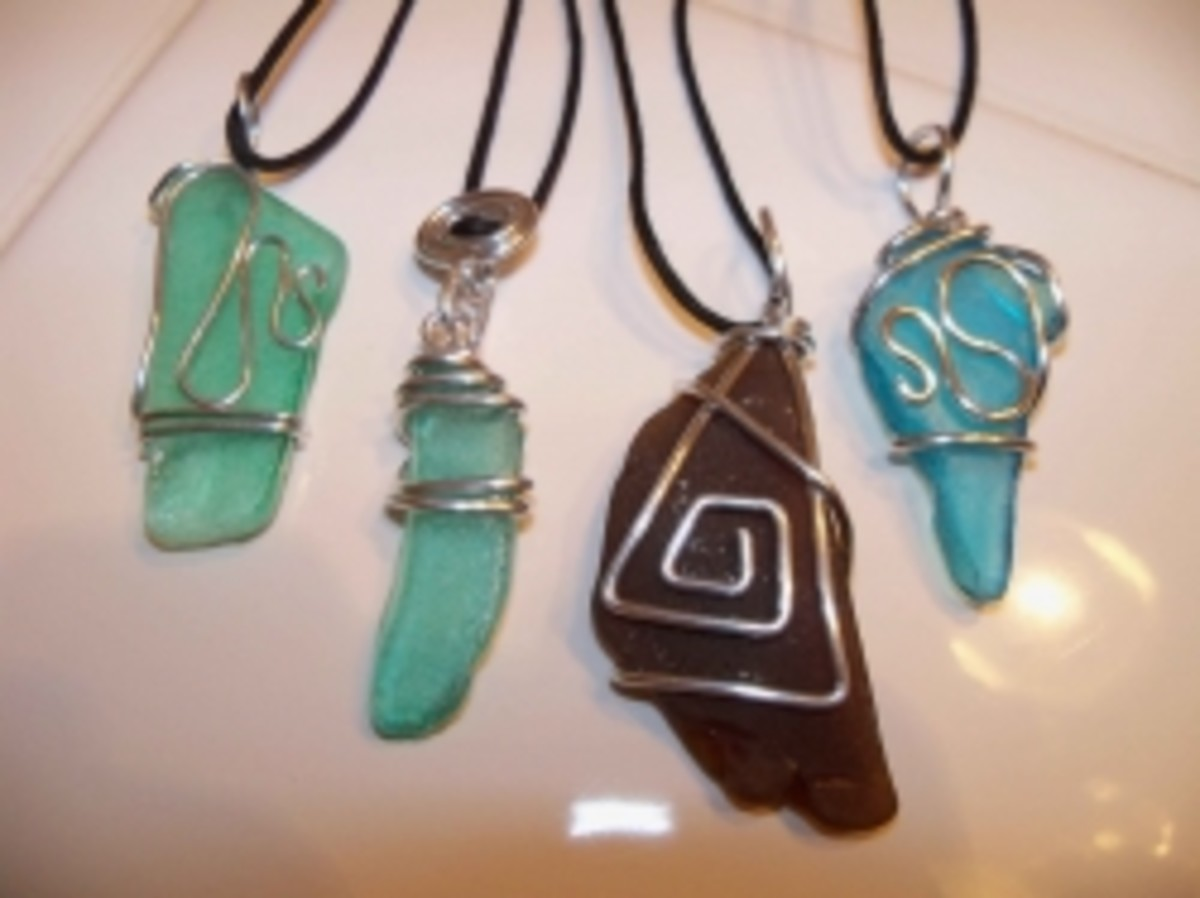 Handmade beaded jewelry - art glass pendants