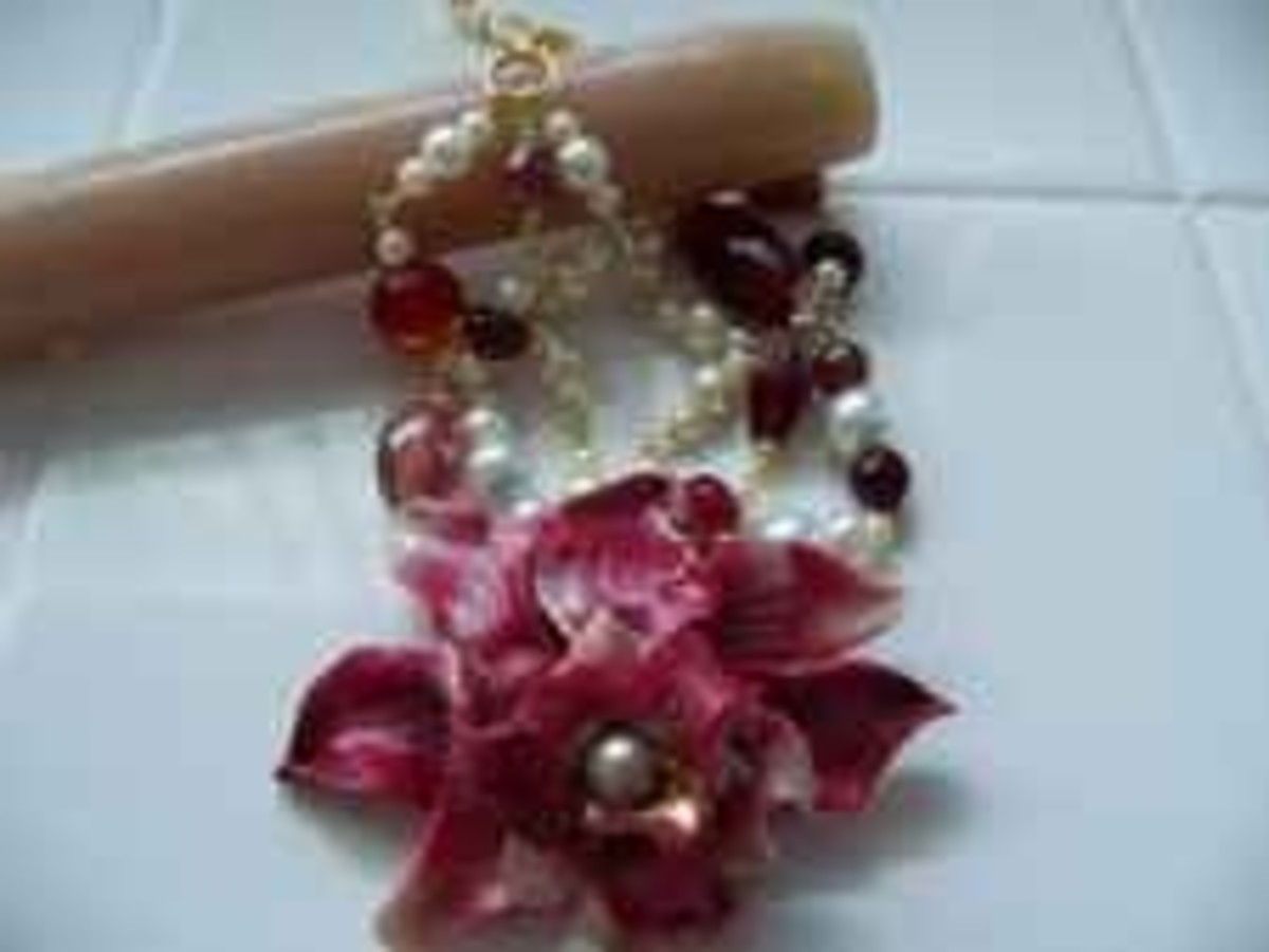 Handmade Beaded Jewelry - Red Flower Bracelet