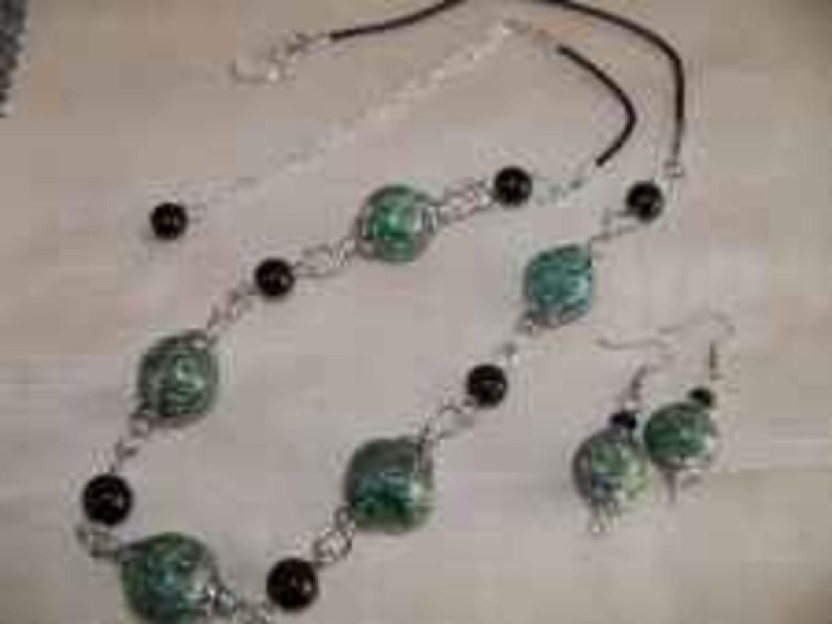 Handmade beaded jewelry - smooth green raku