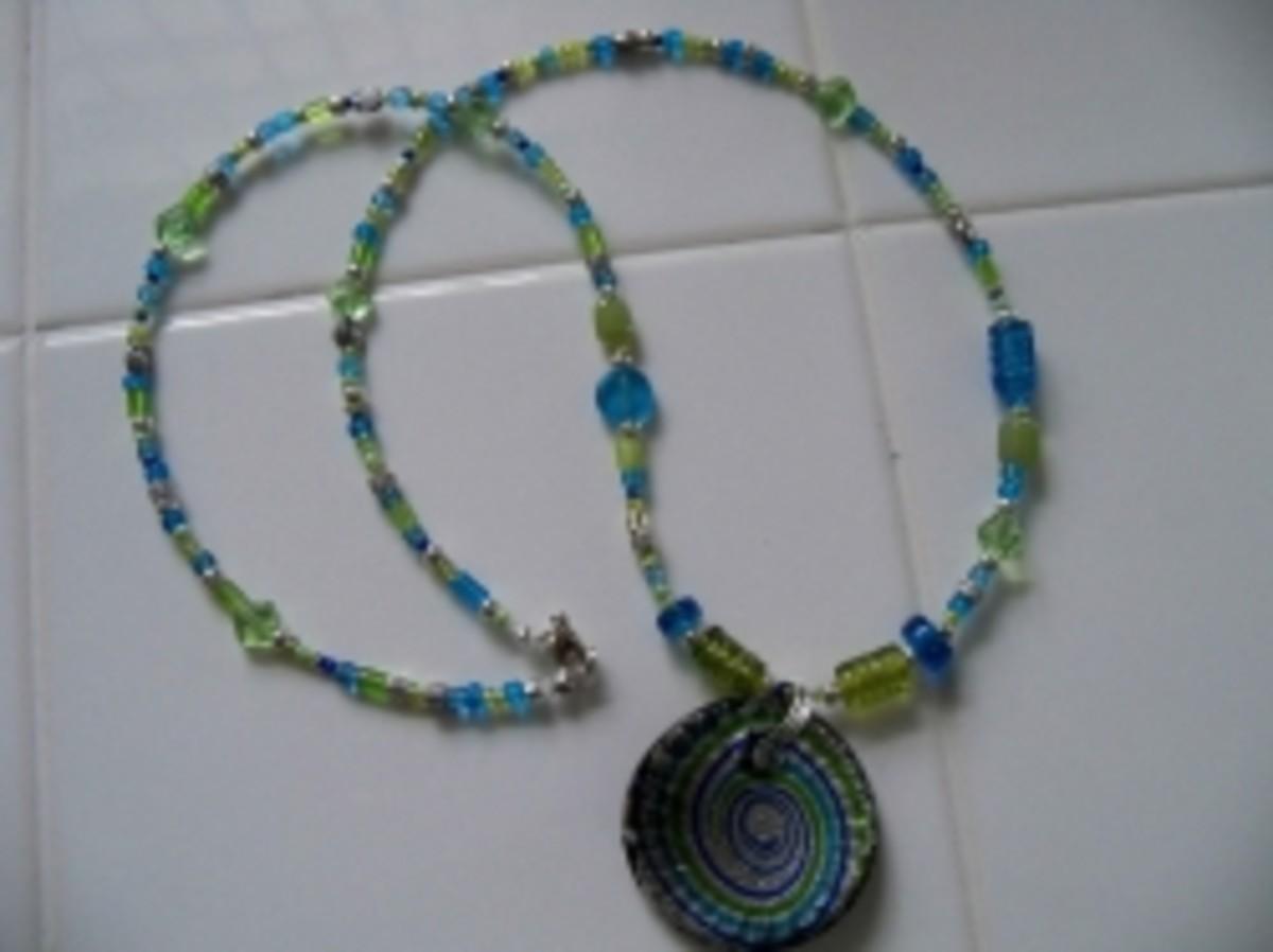 Handmade Beaded Jewelry - Round glass pendant whole