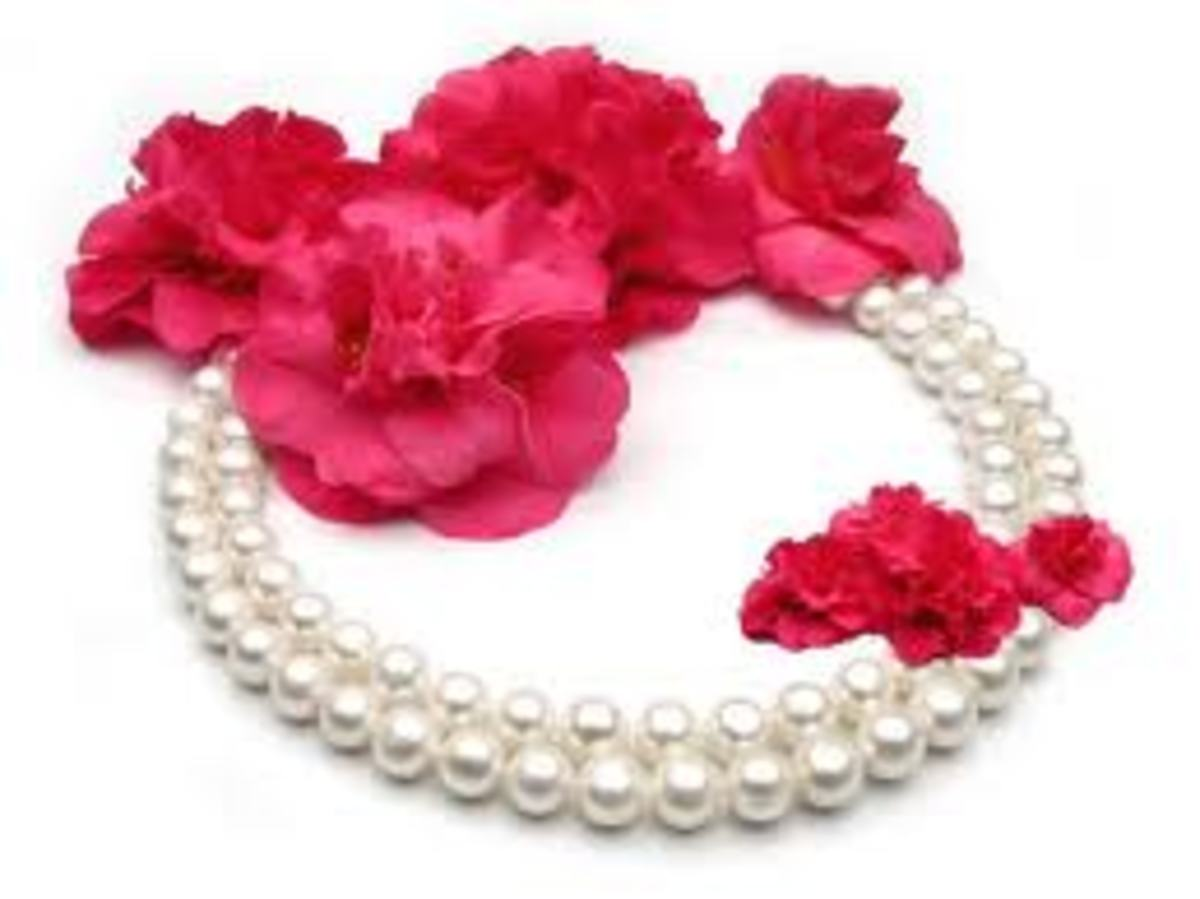 Pearl Jewelry : Best Elegant Women's Gift for Birthday or Any Special Occasion & Why