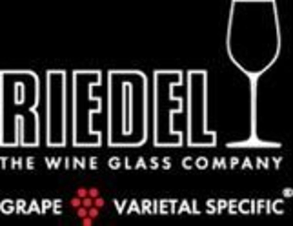 wine-glasses-supreme
