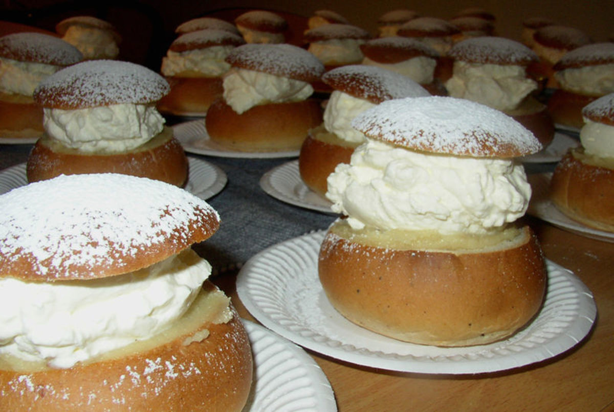 Semlor! Just waiting to be eaten!