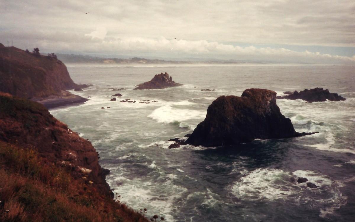 Rocky Oregon coastline