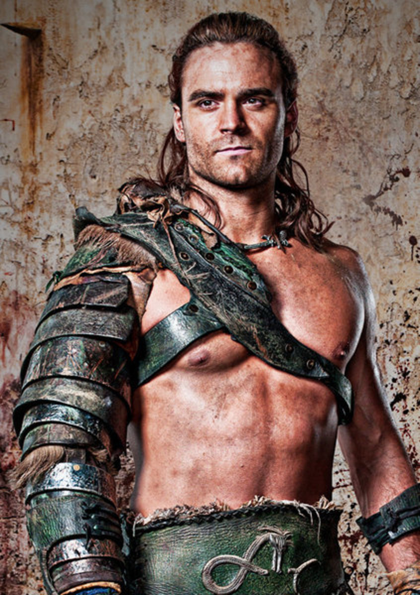 Dustin Clare as Gannicus