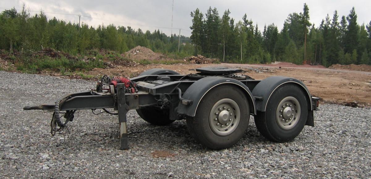 A Dolly - Special mid-axle drawbar trailer . . .