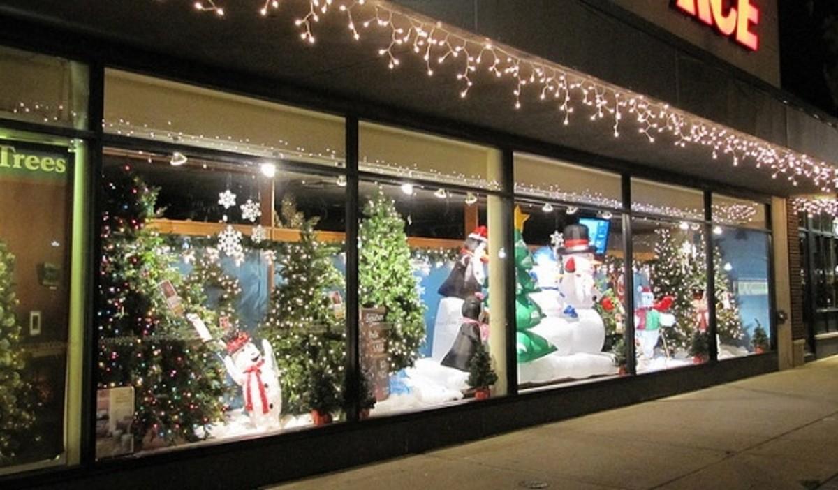 Best Christmas Window Displays Hubpages