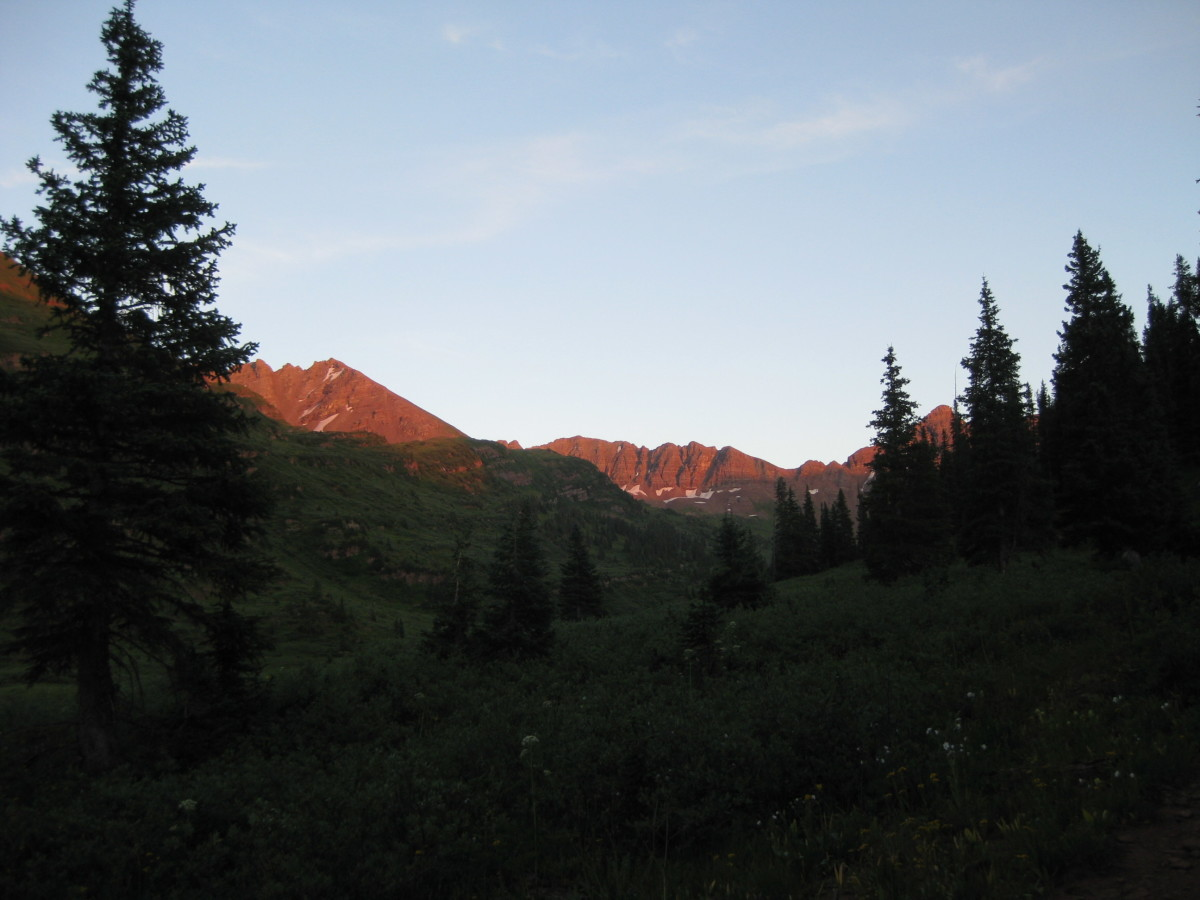 Sunset in Fravert Basin.