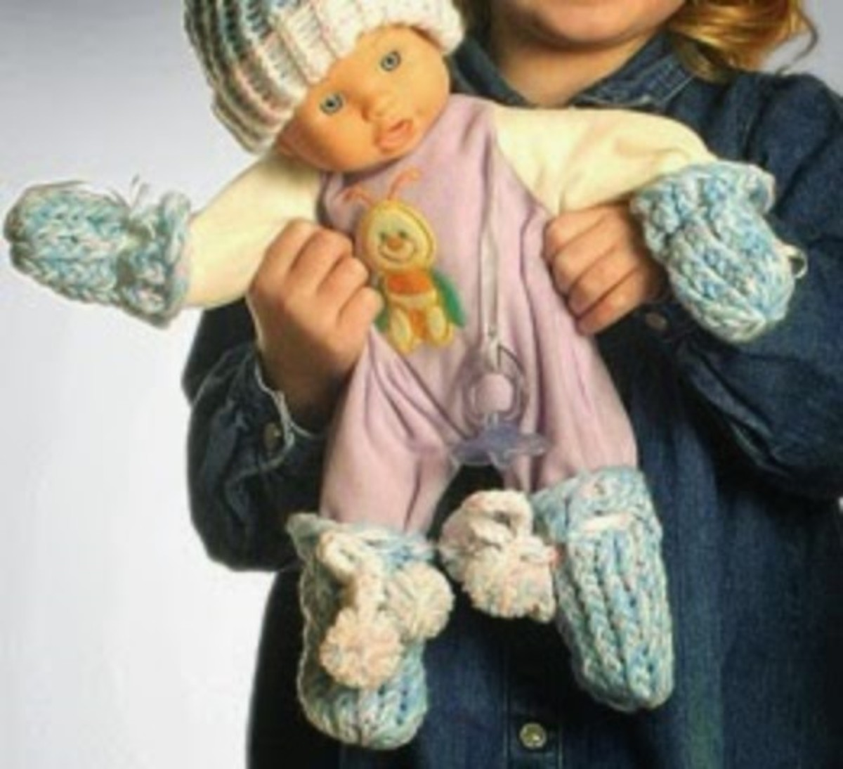 Knifty Knitter Pattern for Baby Booties and Mitts