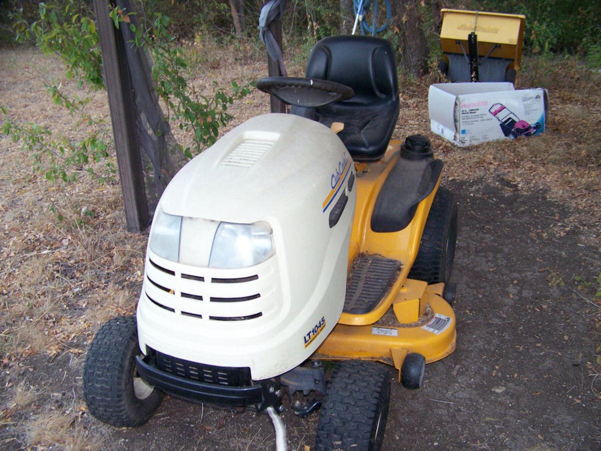 Alien riding lawn mower