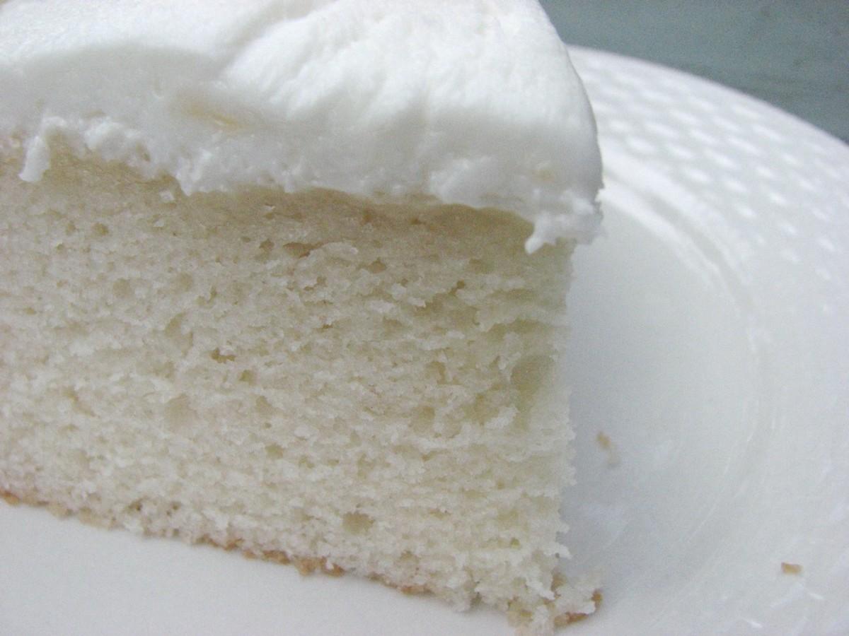 simple-delicious-white-cake