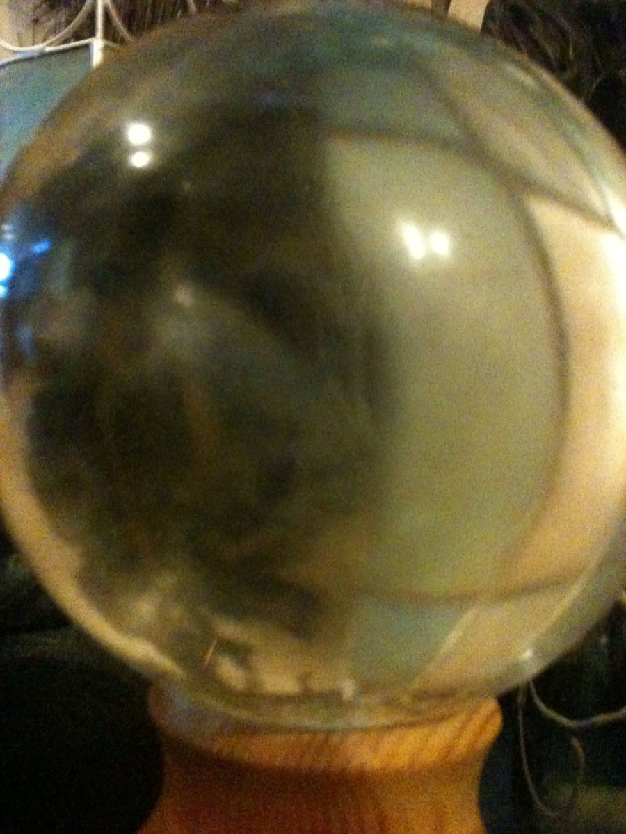 fortune-telling-stories-story-crystal-ball
