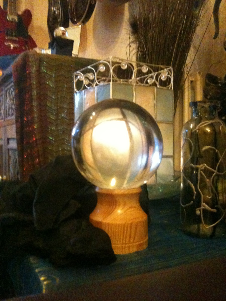 Fortune Telling Stories, A Short Story About A Crystal Ball