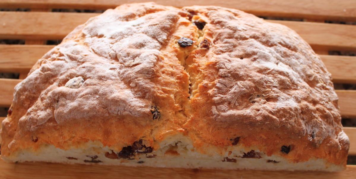 White Fruit Soda Bread Recipe: A Delicious Traditional Irish Bread Recipe