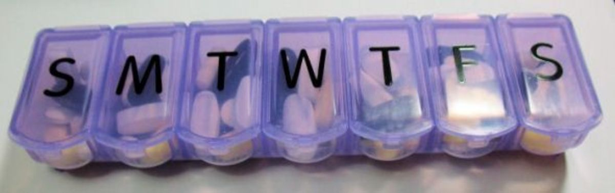 how-to-refill-a-weekly-pill-box