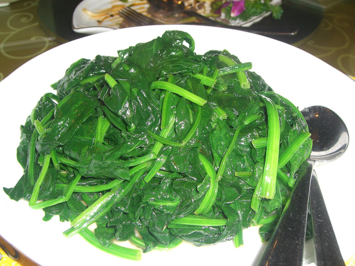 Stir-Fried Spinach (Yin Choi)  With Garlic Recipe. How To Stir-Fry Spinach
