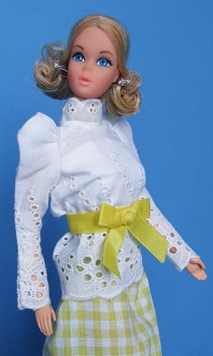 Quick Curl Barbie wearing Fashion #3205.