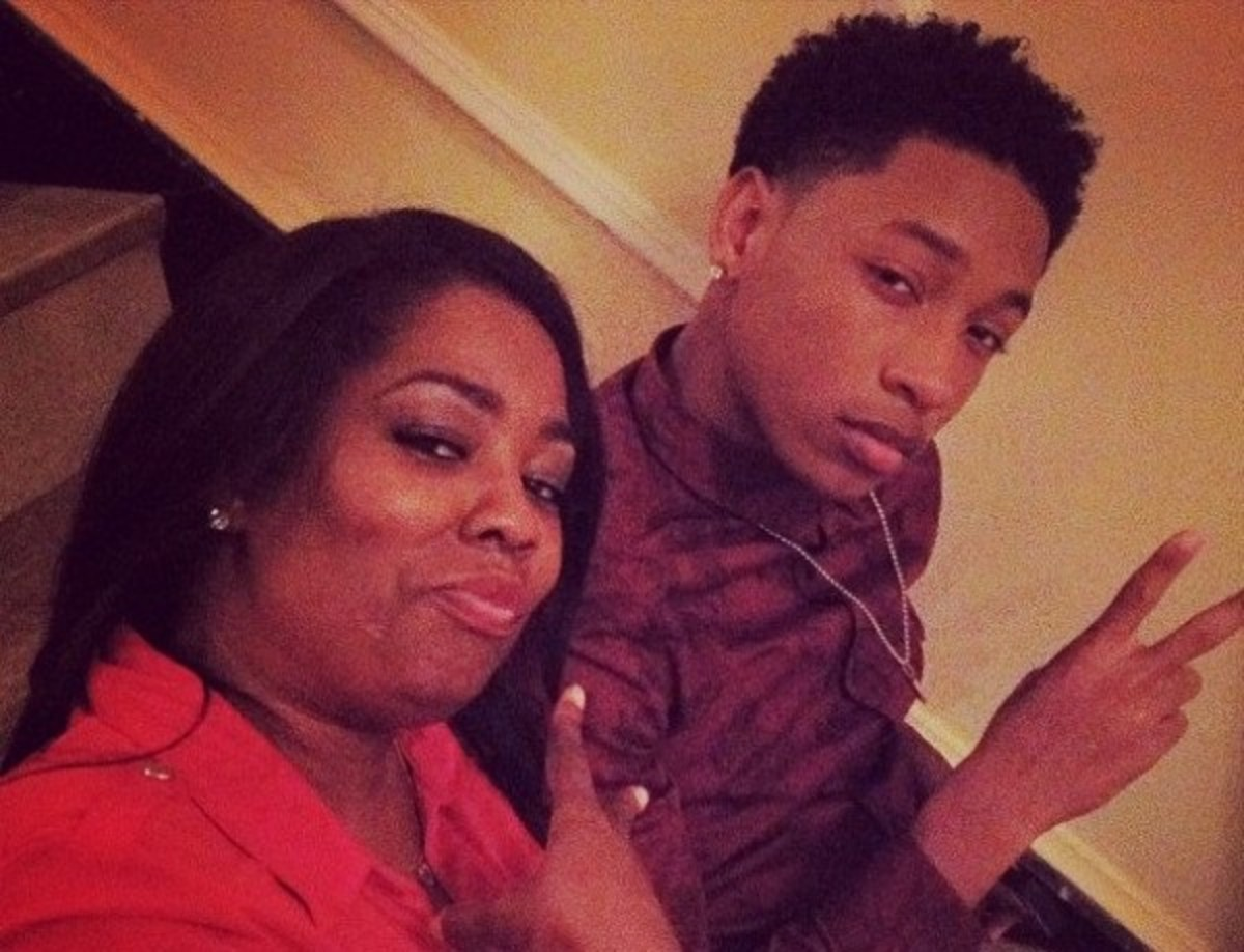 Tami interviewing Jacob Latimore about being asked to join Mindless Behavior