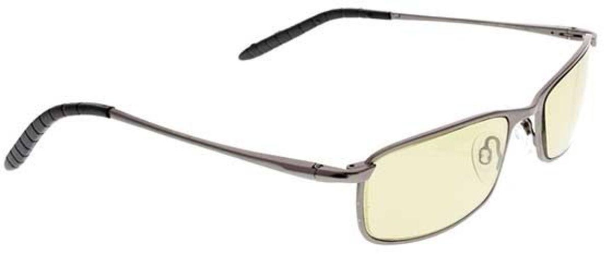 Polarized eyewear for driving