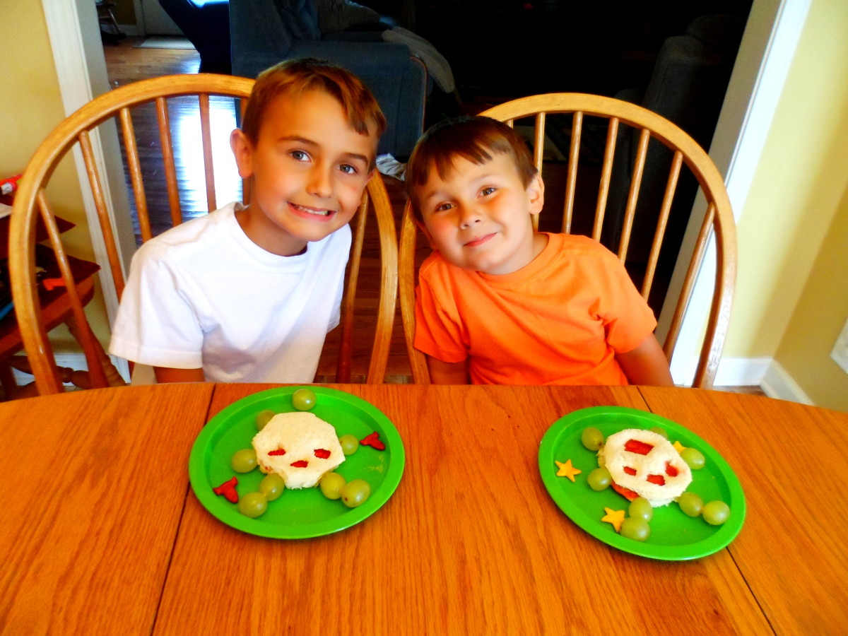 My boys enjoying their alien themed lunch.