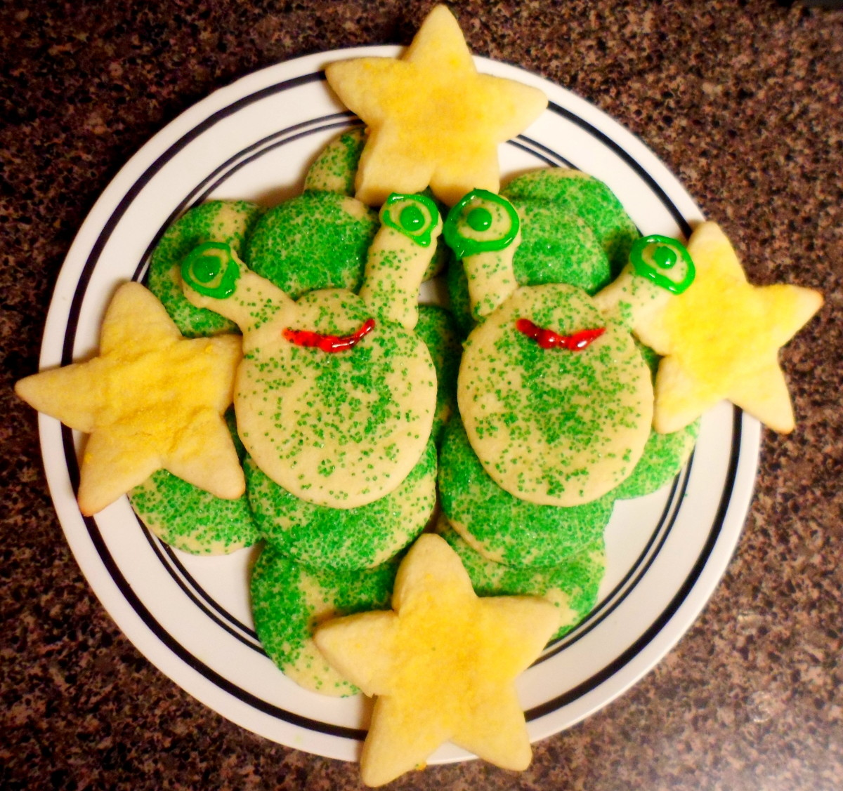 Our finished alien themed cookies.