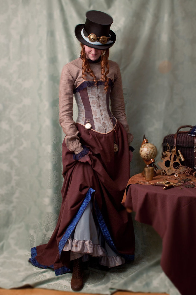 victorian-steampunk-costume-ideas-for-men-and-women