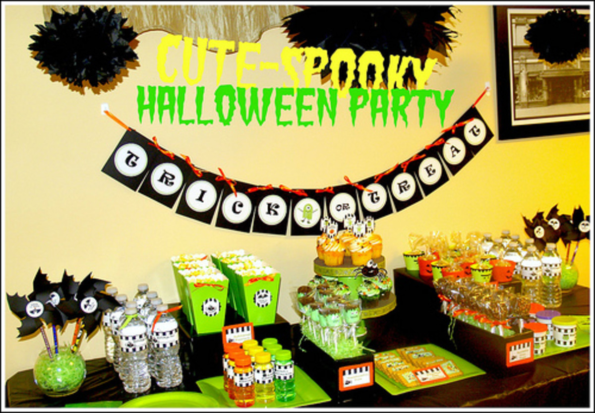 Party favor table decor